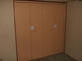 クローゼット扉和室にもあいます